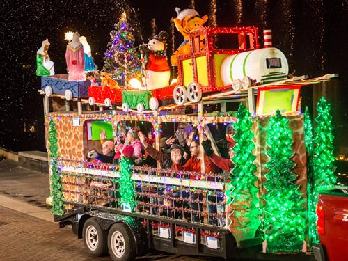Ozark Missouri 2020 Christmas Parade Branson's Annual Adoration Parade | ExploreBranson.(Official Site)