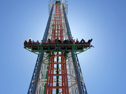 Thrill seekers riding a 200' tall free-fall attraction in Branson.