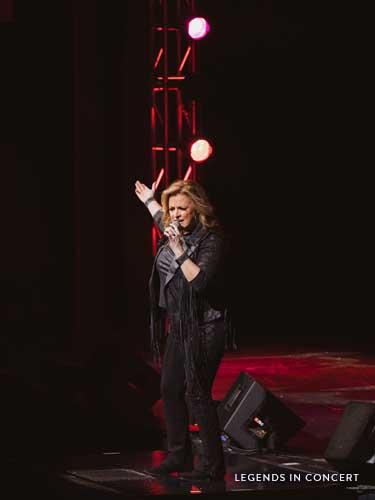 Trisha Yearwood tribute singer.