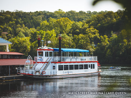 Lake Queen floating on Lake Taneycomo in Branson.